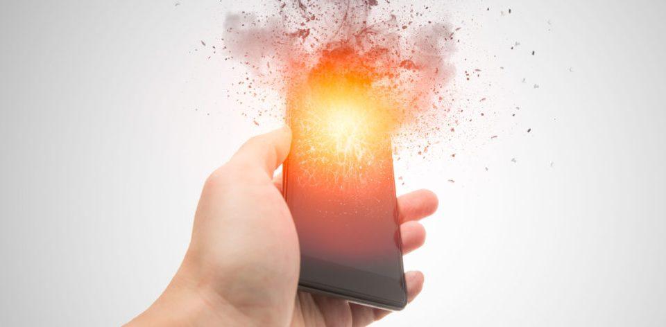explosão de celulares, traz graves ferimentos aos usuarios